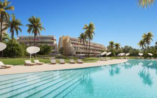 4 bedroom Villa in Cumbre del Sol  - VAP117211