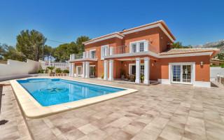 5 bedroom Villa in Altea  - CGN186009