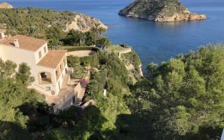 5 bedroom Villa in Javea  - W1110252