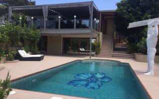 5 bedroom Villa in Los Balcones  - CBH449