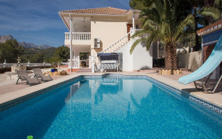 6 bedroom Villa in Alfaz del Pi  - CGN177591