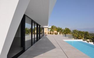 Penthouse cu 3 dormitoare în Villajoyosa - QUA117742