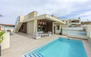 Apartamento de 3 habitaciones en La Mata  - NH109988