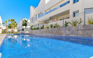 Apartamento de 3 habitaciones en Torrevieja  - IR8062