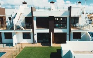 Apartamento de 2 habitaciones en La Mata  - OLE7614