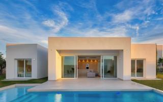 2 bedroom Apartment in La Marina  - GM6972