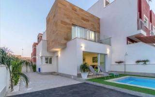 2 bedroom Apartment in La Marina  - GM6976