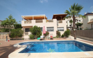 4 bedroom Apartment in La Mata  - OI8592