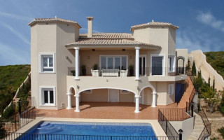 3 bedroom Apartment in Villamartin  - TRI114868
