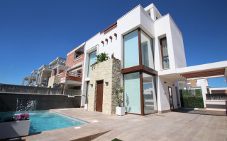 2 bedroom Apartment in Torrevieja - AG4025