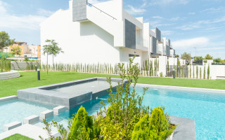 3 bedroom Apartment in Torrevieja - AG9545