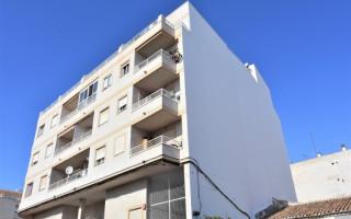 Appartement de 2 chambres à Torrevieja - AGI8527