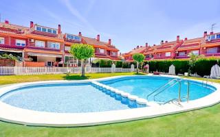Appartement de 2 chambres à La Mata - NH110097