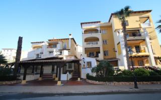 Appartement de 3 chambres à Punta Prima - GD113891