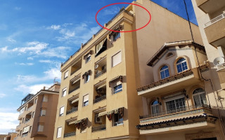 Ático de 3 habitaciones en Torrevieja  - CBH473