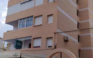 Ático de 2 habitaciones en Torrevieja  - AGI8537