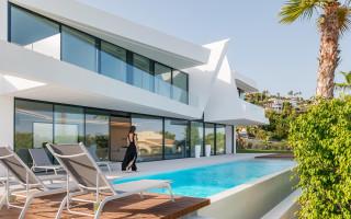 5 bedroom Villa in Dehesa de Campoamor - AG1962