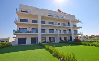 Villa de 3 chambres à San Miguel de Salinas  - LH116447