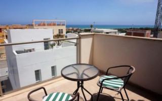 Bungalow de 3 chambres à Lorca - AGI8445