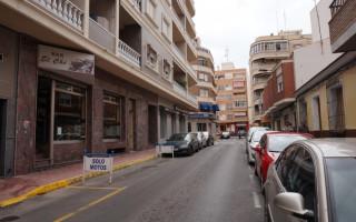 Bungalow de 3 chambres à Torrevieja - AGI115469