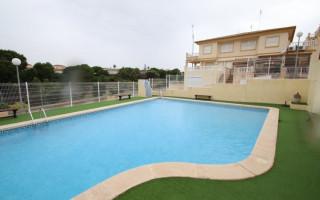 Bungalow de 2 chambres à Playa Flamenca - CRR88590422344