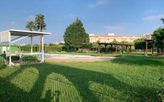 Bungalow de 2 habitaciones en Torrevieja  - TT101319