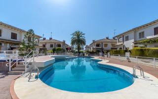 Bungalow de 3 chambres à Lorca - AGI115496