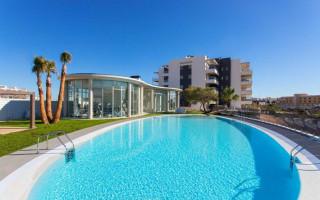Bungalow cu 3 dormitoare în Torrevieja  - AGI115470