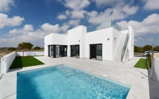 3 bedroom Townhouse in Torrevieja  - US115938