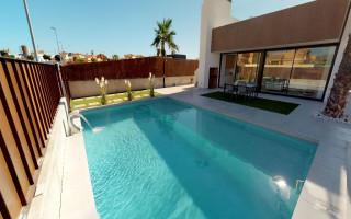 Bungalow cu 2 dormitoare în Torrevieja  - AGI5751