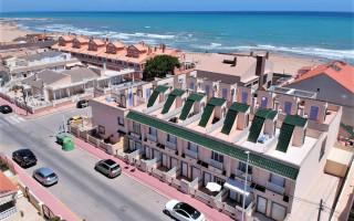 Casă Duplex cu 2 dormitoare în La Mata  - CBH5703
