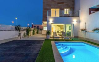 2 bedroom Apartment in La Marina  - GM6970