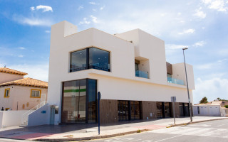 3 bedroom Apartment in Torrevieja - AG9105