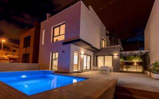3 bedroom Villa in Villamartin - TN6460