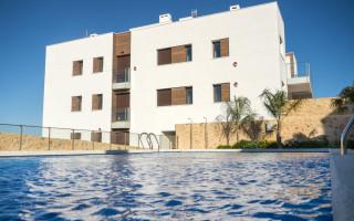 Duplex de 3 chambres à Torrevieja  - W8660