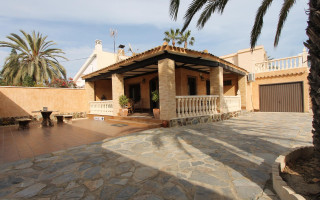 2 bedroom Apartment in Playa Flamenca  - TR114345