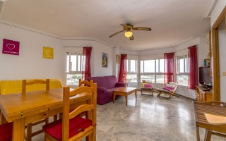 2 bedroom Apartment in Torrevieja - AGI115602