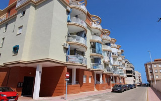 3 bedroom Apartment in La Zenia  - US114850