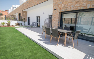 3 bedroom Apartment in Mil Palmeras  - SR7919
