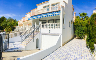 3 bedroom Apartment in Torrevieja - AG4330