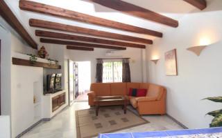 Appartement de 2 chambres à Torrevieja - W8662