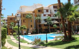 Appartement de 3 chambres à Punta Prima - GD113876
