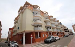 Appartement de 2 chambres à Punta Prima - GD113889