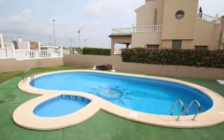 Appartement de 3 chambres à Punta Prima - GD113877