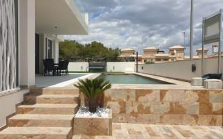 Appartement de 2 chambres à Torrevieja - AG8494