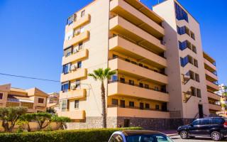 Appartement de 2 chambres à Torrevieja - AG4172