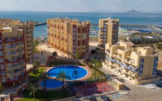 Appartement de 2 chambres à Torrevieja - AG5922