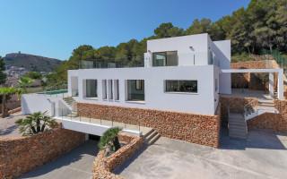 3 bedroom Apartment in Alicante  - KH118622