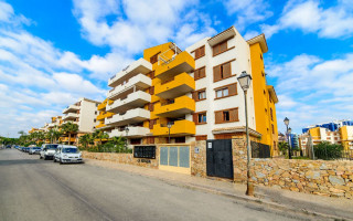 3 bedroom Apartment in Mil Palmeras - SR7922