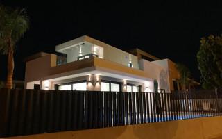 Villa de 3 chambres à Pilar de la Horadada - EF114023